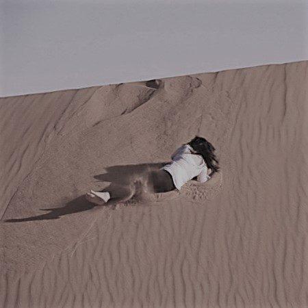 Spelen in de woestijn Bohalista Nena